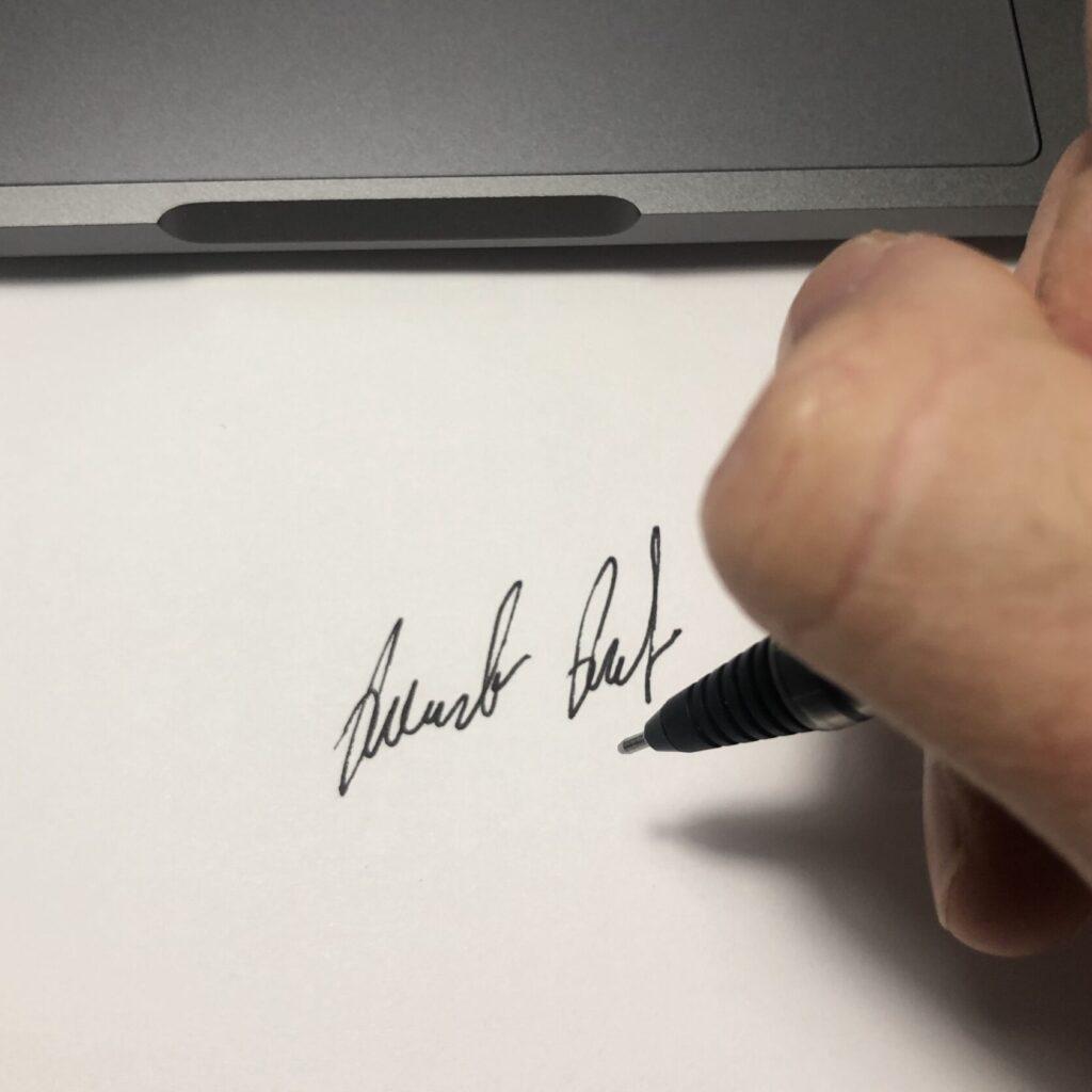 Creare una firma scritta a mano con iPhone e iPad